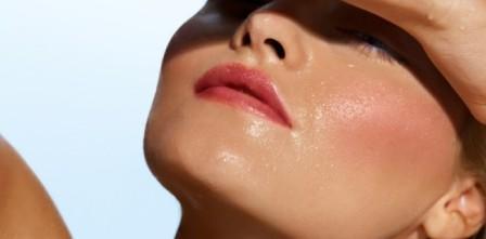 nettoyage et hydratation d'une peau grasse